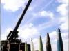 Сочетание 155-мм буксируемой пушки-гаубицы G5 ЮАР и ее боеприпаса ERFB обеспечивает дальность стрельбы до 40 000 м. G5 имеет опыт боевого применения в Южной Анголе и Юго-Западной Африке.