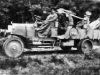 """65-ми пушка L-35 для стрельбы по аэростатам («Рзйнметалл»), установленная на грузовом автомобиле """"Эрхардт'', в походном положении  на огневой позиции , в производстве с 1910 г."""