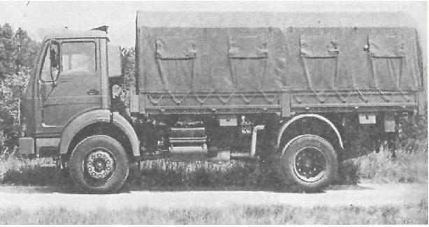 """Грузовой автомобиль 5 т (4x2)   """"Мерседес-Бенц""""   L 1017 А Автомобиль с бортовой платформой."""