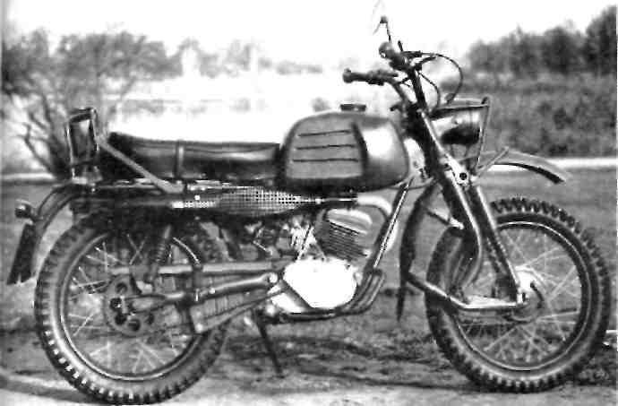 Нынешний мотоцикл бундесвера: ''Геркулес'' К 125 BW.