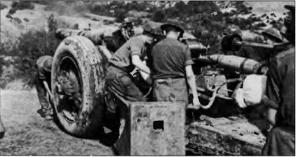 7,2-дюймовая британская гаубица была способна выстрелить свой 9,17-кг снаряд на 18 км однако требовалась хорошая сноровка.