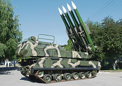 Зенитный ракетный комплекс «Бук-М2Э» Фото с сайта http://army-news.ru/2011/01/zenitnyj-kompleks-buk-m2e/