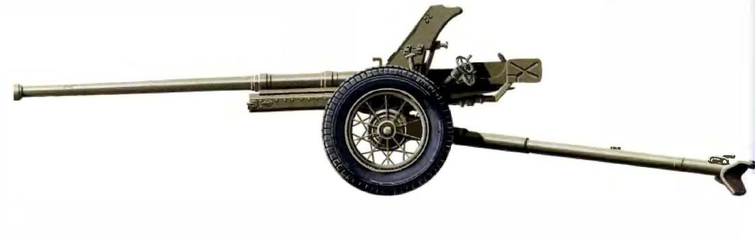 45-мм М1942 представляла собой увеличенную в масштабе 37-мм модель 1930 года, прототипом которой была производимая ранее по германской лицензии пушка Pak 35/36. Модель 1945 года имела более длинный ствол и колеса со спицами вместо дисковых.