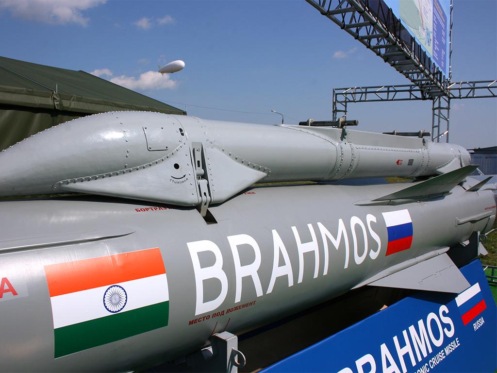 Международный слёт оружейников в Индии Фото с сайта http://rostec.ru