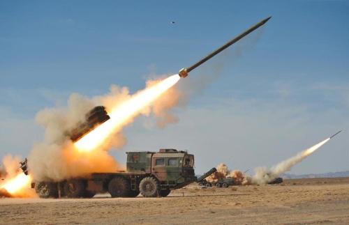 Реактивная система залпового огня БМ-30 «Смерч» Фото с сайта http://thebrigade.thechive.com/