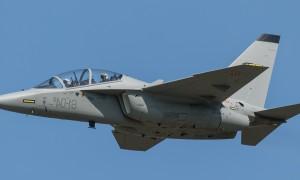 M-346 — современный итальянский учебно-тренировочный самолёт. Фото из Википедии